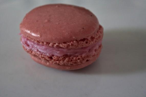 Erdbeer-Macaron
